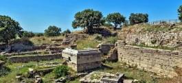 Binlerce Yıllık Tarihi Geçmişe Sahip Troia Antik Kentinden Genel Görünüm