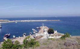 Bozcaada Liman Girişi