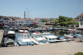 Bozcaada Balıkçı Barınağı