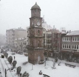 Çanakkale Saat Kulesi Karlar Altında