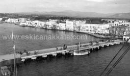 1950'li Yıllarda Çanakkale Şehir İskelesi (Şuanki GESTAŞ İskelesi) ve Kordon Boyu