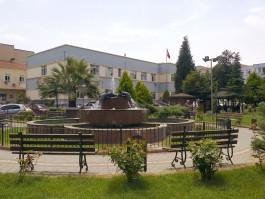 Çanakkale Devlet Hastanesi Bahçesi