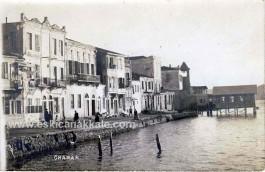 1900'lü Yılların Başında Çanakkale'de Sahil Kesiminde Şuanki Kilitbahir Motor İskelesinin Bulunduğu Bölge