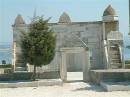 Gelibolu Fener Mevkiinde Açıkhava Camii Olarak Hizmet Veren 'Azaplar Namazgahı'