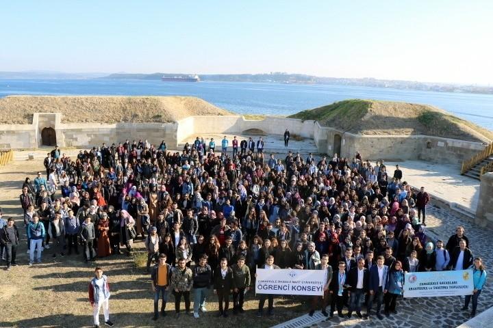 500 Öğrenci Gelibolu Yarımadası'nda Atalarını Andı