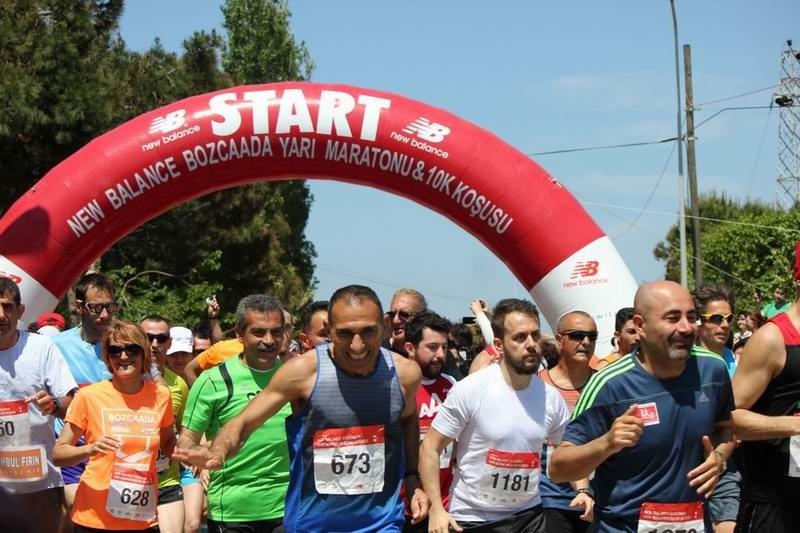 Binlerce Kişi Bozcaada'da Yarı Maratonda Koşacak