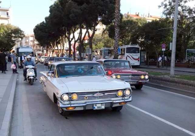 Çanakkale'de Klasik Araçlarla Nostalji Rüzgarı
